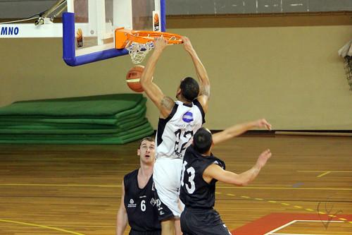 basket vitoria-academica1