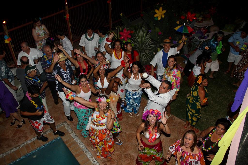 Carnaval/Festa Havaiana/Iha da Fantasia. Carnival/Hawaiian Party (Fantasy Island). Maputo, Mozambique. Mar 2011