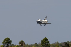 Final approach (Flying Jenny) Tags: space nasa landing shuttle kennedyspacecenter ksc discovery spaceshuttle orbiter sts133