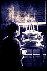 rezos (www.infografiagijon.es) Tags: people canon gente asturias sarawak malaysia borneo childrens kualalumpur gijon templo xixon chino markii malasia asturies infografia astur malasya eos5d hernancad wwwinfografiagijones