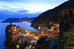 Vernazza at Night (tomosang R32m) Tags: night yakei  blue bluemoment cinqueterre  liguria   italia italy laspezia   vernazza  canon eos 6d coast
