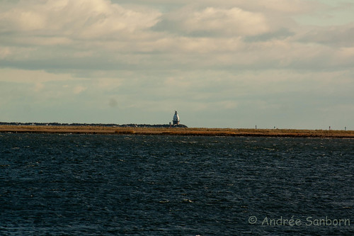 Lighthouse in New Haven Harbor-1.jpg