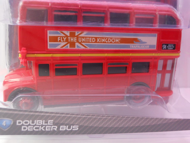 disney cars 2 deluxe double decker bus (3)