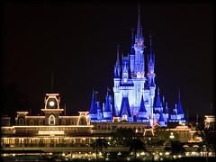 Majestic [Explore] (Silver1SWA (Ryan Pastorino)) Tags: world castle canon magic kingdom disney cinderella walt canon100400l 40d