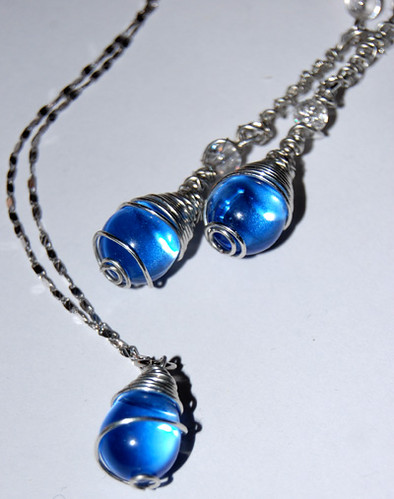 Raindrops with Pendant
