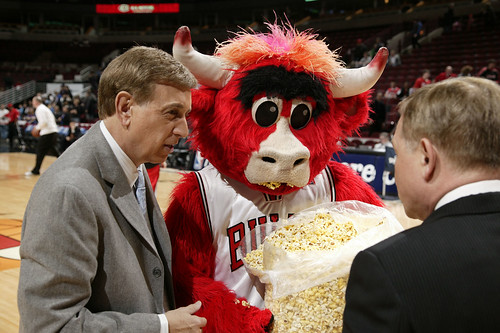 Marv Albert and Mike Fratello