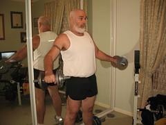 p1081577 - Workout Gear (ChrisBearADL) Tags: bear gay man me photo shorts runing