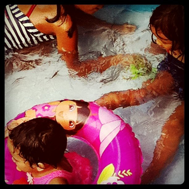 It's a kiddie pool kind of day. How hot is it???