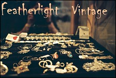featherlight vintage kleine logo