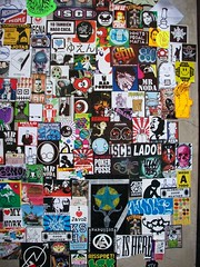 2 de mayo (YATUSABESMADRID) Tags: madrid street art is arte stickers urbano mad noda ultimo tal fausto combo pegatas vendidos bandidos lofgna bimimonsters yatusabesmadrid colecctivoa