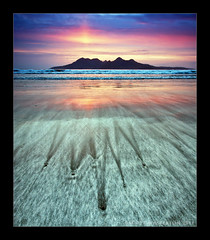 Laig (scott masterton) Tags: uk light sunset seascape mountains beach scott bay scotland sand pentax patterns small inner rum isle isles hebrides fascinating masterton eigg sigma1020mm laig k200d