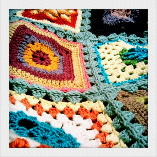finishing up blanket #1