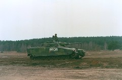 2002-03 Swedish SV90 Drawsko Pomorskie (Danner Poulsen) Tags: analog canon army sweden iii scan dk vehicle service excercise combat apc nato soldat 200203 svensk scannede slagelse hren pmv husar pomorskie demnark ghr pfor garderhusar sv90 dravsko antvorskov iiighr