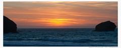 portreath sunset (wightmania) Tags: sunset easter cornwall waves horizon portreath gullrock