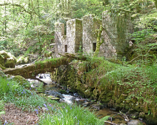 Old Gunpowder Mill in Kennall Vale