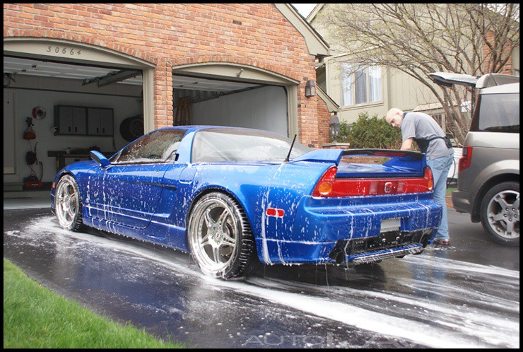 Washing an Acura NSX prior to Lime Prime Lite and Supernatural application