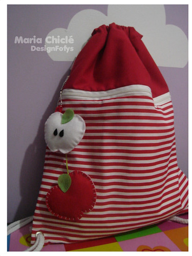 Red by Maria Chiclé ● Design Fofys