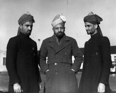 01-00-1948_03940B Delegatie Ahmadiyya beweging (IISG) Tags: man male men airport aviation muslim islam schiphol vliegveld moslim luchthaven ahmadiyya benvanmeerendonk