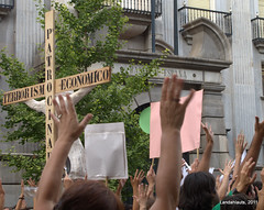 19J - Toma la Calle (Landahlauts) Tags: 190611 19 junio june 19junio 19j 15m democraciarealya tomalacalle andalucia manifestacion protesta dry indignados acampada spanishrevolution andalusianrevolution ciudadania partidospoliticos nonosrepresentan citizen indignaos andaluzja グラナダ granada アンダルシア州 andalouzia andalusien andalusiya andaluzia أندلوسيا אנדלוסיה андалусия 안달루시아지방 安達魯西亞 اندلوسيا андалусія আন্দালুসিয়া ανδαλουσία اندلس андалуси andalusie andaluz andaluzio movimiento15m