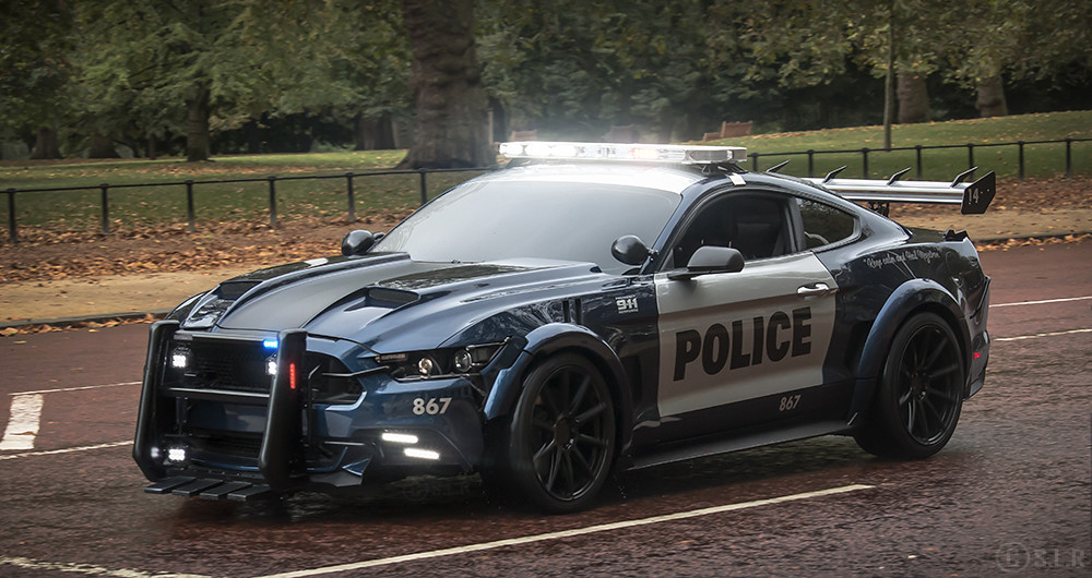 Ford Mustang Cop Car