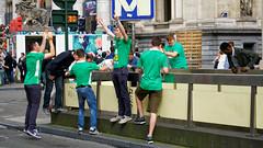 2016-06-18_17-36-47_ILCE-6300_9155_DxO (miguel.discart) Tags: 2016 78mm belgique belgium belira belirl bru brussels bruxelles bxl candidportrait candide candideportrait createdbydxo drapeau dxo e18200mmf3563oss editedphoto euro euro2016 flag focallength78mm focallengthin35mmformat78mm football ilce6300 irlande iso100 pedestrian pietonnier sony sonyilce6300 sonyilce6300e18200mmf3563oss sport