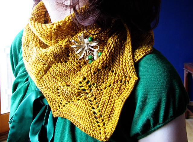 Milkweed shawl detail