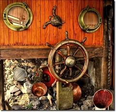 Navio Pirata… / Pirate ship… (Marina Linhares) Tags: sea water água mar ship earth pirate terra pirata navio doublyniceshot tripleniceshot mygearandme mygearandmepremium
