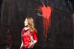 De Beers (Che-burashka) Tags: street red london window girl project photography aftermath paint heart documentary piccadilly x diamond vandalism editorial bleedingheart anarchist now protests itsu march26 debeers spn spnp blackbloc socialunrest blooddiamond canonef28mmf18usm streetphotographynow tucmarch