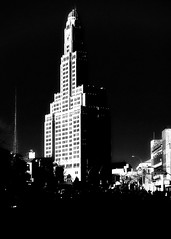 Dark Side of the Deco (mheidelberger2000) Tags: nyc newyorkcity urban blackandwhite architecture brooklyn downtown clocktower highrise artdeco phallic antenna boerumhill onehansonplace 1hansonplace williamsburghbankbuilding williamsburghsavingsbanktower built1927 37floors 512feet