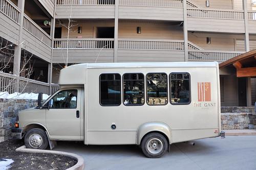 Autobusito para el transfer dentro de Aspen