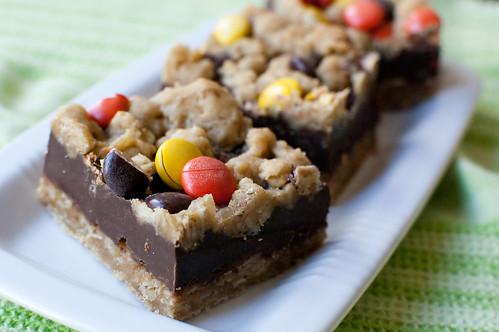 Pink Parsley: Peanut Butter Fudge Oatmeal Bars