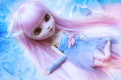 The Fairy Fountain (* L o r y a n a) Tags: pink blue white glass doll long acrylic dolls m fairy jude planning wig zelda groove pullip straight custom blanche custo jun foutain sbh obitsu rewigged eyeship loryana reyeshiped eyeshiped