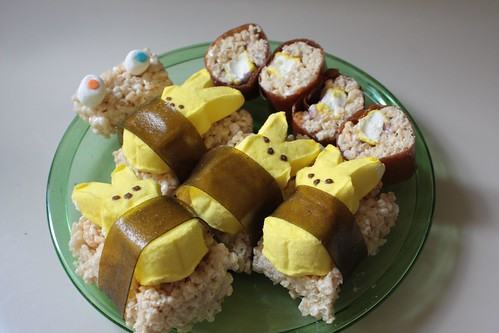 Peep musubi and makizushi.