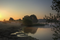Sunrise at Frensham (Dan Parratt) Tags:
