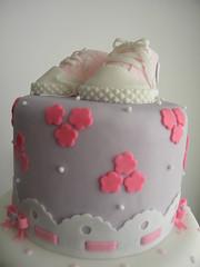 Bolo da Gabriela (A de Acar Bolos Artsticos) Tags: baby cake shower sneakers