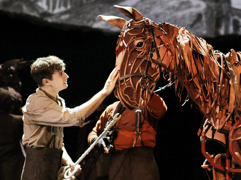 Theater Review War Horse