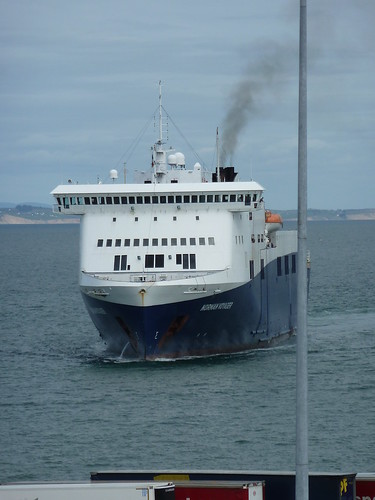 Norman Voyager arriving into Rosslare by despod