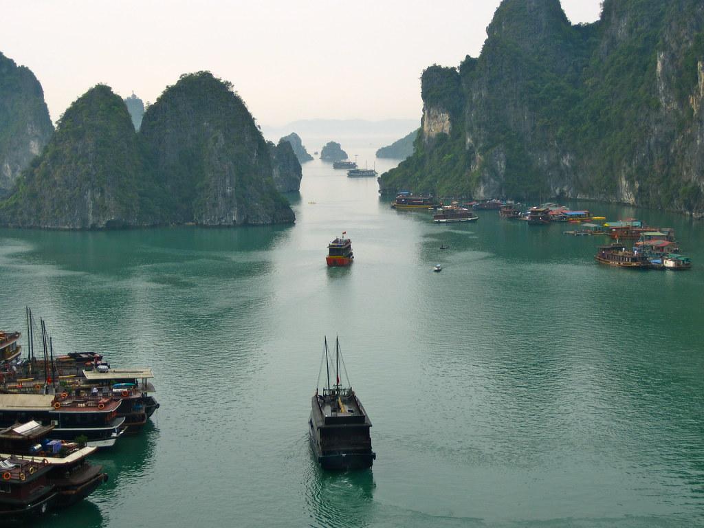 Ha Long Bay by Malingering, on Flickr