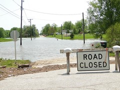 No mail today? (W9NED) Tags: portrait water sign mailbox america orleans flooding midwest flood indiana southernindiana northamerica roadclosed submerged overflow flut flod flowingwater vloed flumen fluctus dschx1 4272011