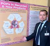 第五屆斯德哥爾摩公約的締約國大會可能將國際禁用的持久性有機污染物增加至22種。圖片節錄自:IPS。