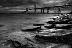 Bay View Mono (Philip Eaglesfield (Eggles)) Tags: longexposure ri usa mono rocks newengland rhodeisland newport jamestown newportbridge