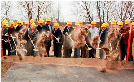 Sen. Al Franken joined officials from NESC and Rural Development on April 20 to break ground on a $43.5 million project that will deliver broadband to rural areas of Northeastern Minnesota.