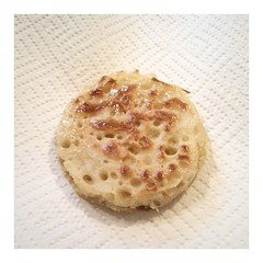 Well, it LOOKS like a crumpet