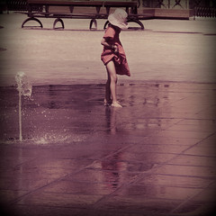 Innocence (Federica Mu ) Tags: summer fountain hat holga child violet malta innocence bimba lavalletta explored
