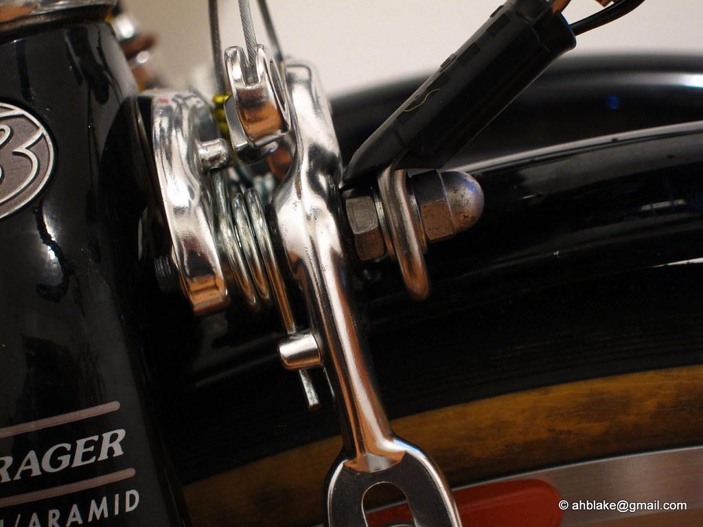 Dynamo lighting setup - Replacement brake pivot bolt