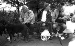 Thursday morning, Poplar Park (Tom Hurley.) Tags: eastlondon canonf1 poplarpark thelittledoglaughed