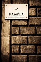 LA RAMBLA (Abdullah Alshaiji) Tags: barcelona wall canon la rambla abdullah 24105 60d alshayji