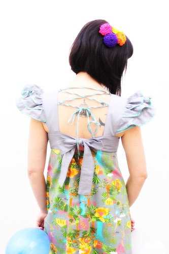 Vestido bem detalhado by Malalá Moda