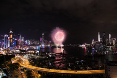 Start of the National Day fireworks (Alan Yeh Photography) Tags: october12016 hongkong hongkongnationalday nationalday hknationalday fireworks 1012016 causewaybay victoriaharbour victoriaharbor hkvictoriabarbour victoriaharbourhk 852 kowloon icc