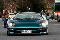 Jaguar XJ220 (Keno Zache) Tags: auto paris car canon de eos hp power rally automotive ps racing jaguar luxury rare 70200 sportcar keno wagen sportwagen xj220 franze 400d zache